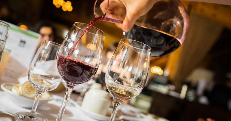 Comment carafer un vin